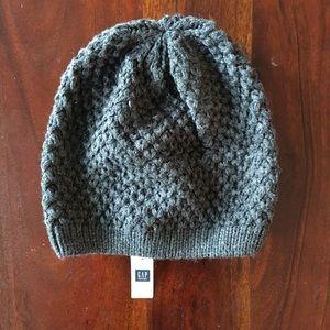 NWT Gray Knit Beanie Hat 100% Acrylic